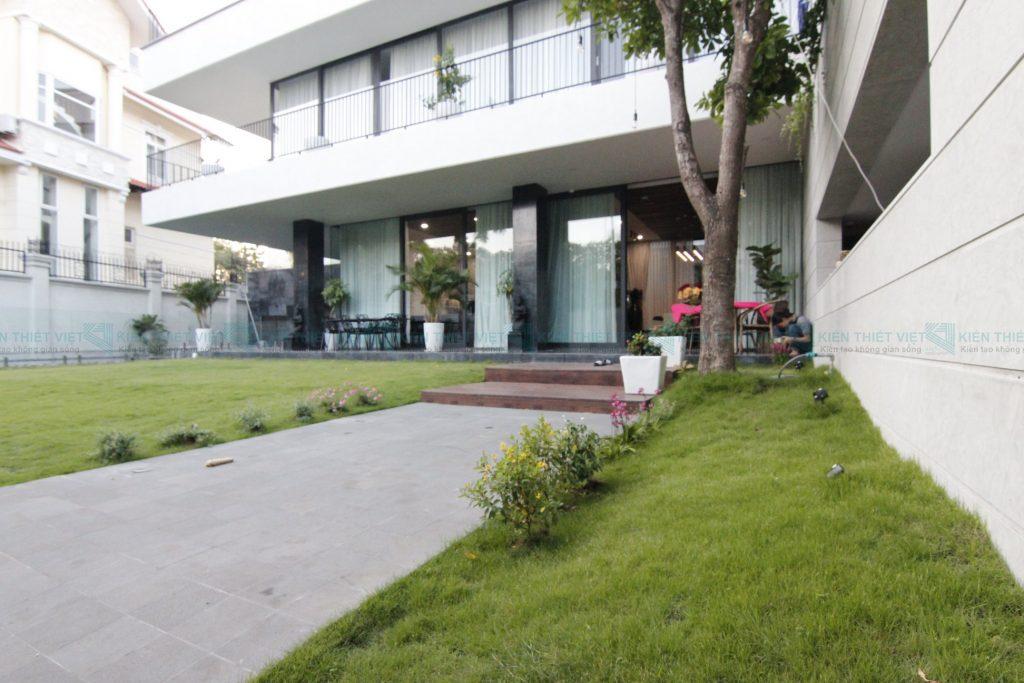 Thiết kế thi công biệt thự hiện đại 3