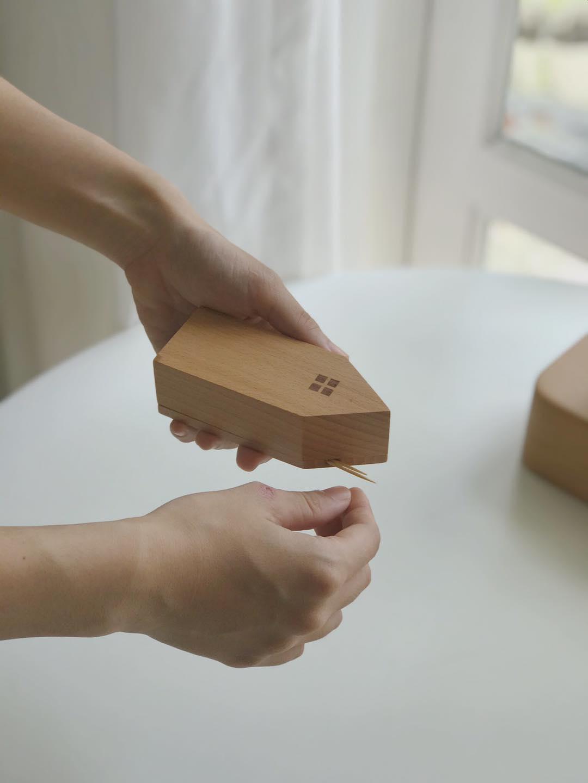 hộp tăm bằng gỗ