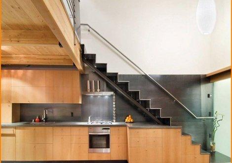 mẫu thiết kế tủ bếp dưới gầm cầu thang